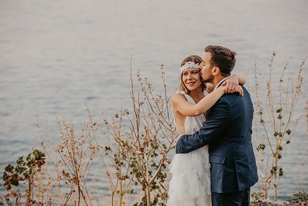 romantic-summer-wedding-aegina-white-roses-eucalyptus_03