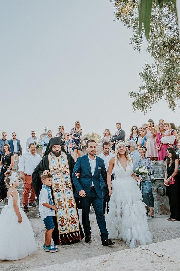 romantic-summer-wedding-aegina-white-roses-eucalyptus_20