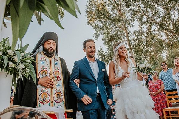 romantic-summer-wedding-aegina-white-roses-eucalyptus_21