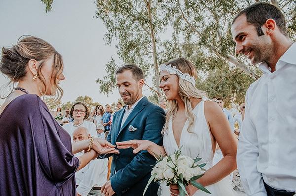 romantic-summer-wedding-aegina-white-roses-eucalyptus_23