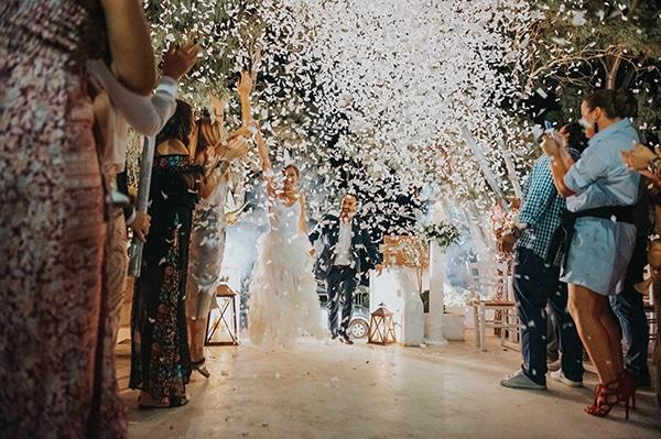 romantic-summer-wedding-aegina-white-roses-eucalyptus_29
