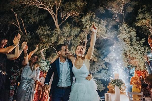 romantic-summer-wedding-aegina-white-roses-eucalyptus_32