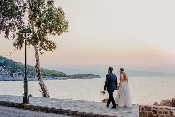 romantic-summer-wedding-aegina-white-roses-eucalyptus_38