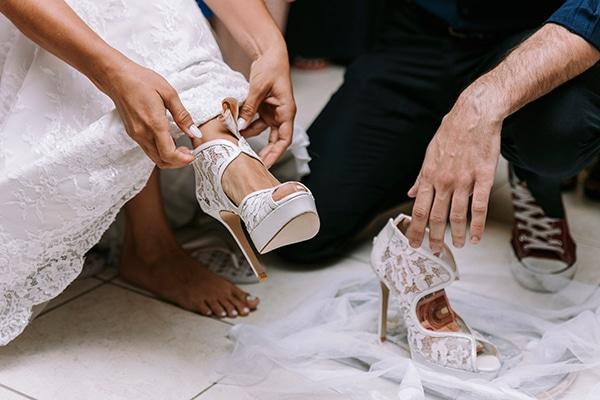 romantic-summer-wedding-peonies-baby-breath-white-tones_05