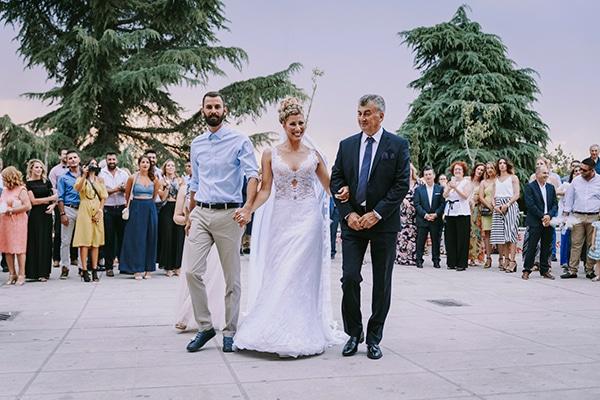romantic-summer-wedding-peonies-baby-breath-white-tones_16