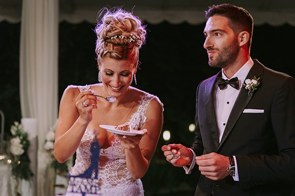 romantic-summer-wedding-peonies-baby-breath-white-tones_25