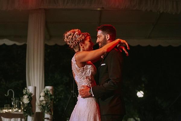 romantic-summer-wedding-peonies-baby-breath-white-tones_26