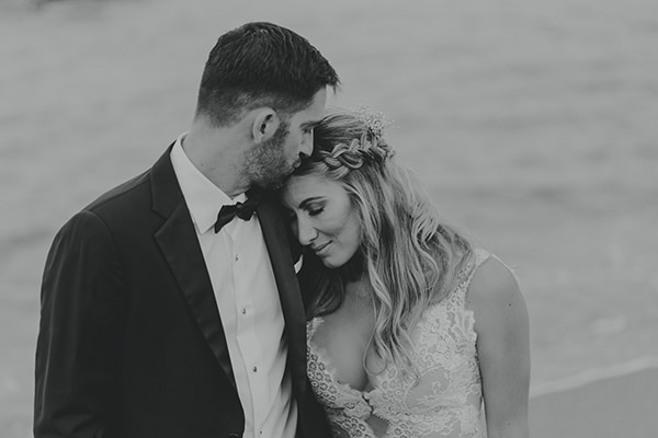 romantic-summer-wedding-peonies-baby-breath-white-tones_32