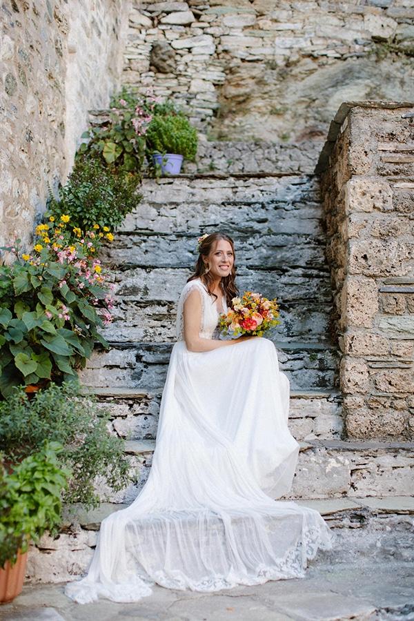 rustic-fall-wedding-pilio-bohemian-moon-vivid-touches_03