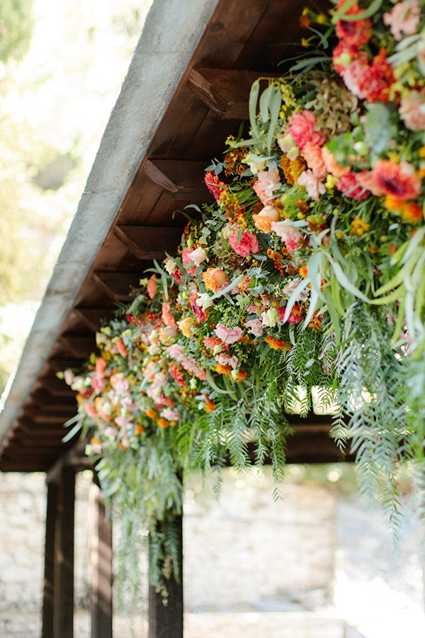 rustic-fall-wedding-pilio-bohemian-moon-vivid-touches_11