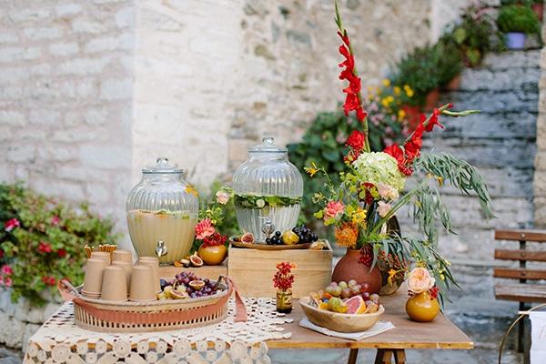 rustic-fall-wedding-pilio-bohemian-moon-vivid-touches_14