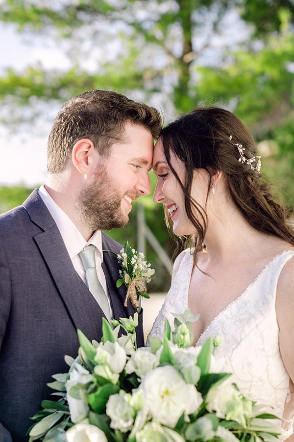 summer-wedding-kefalonia-white-roses-olives_01x
