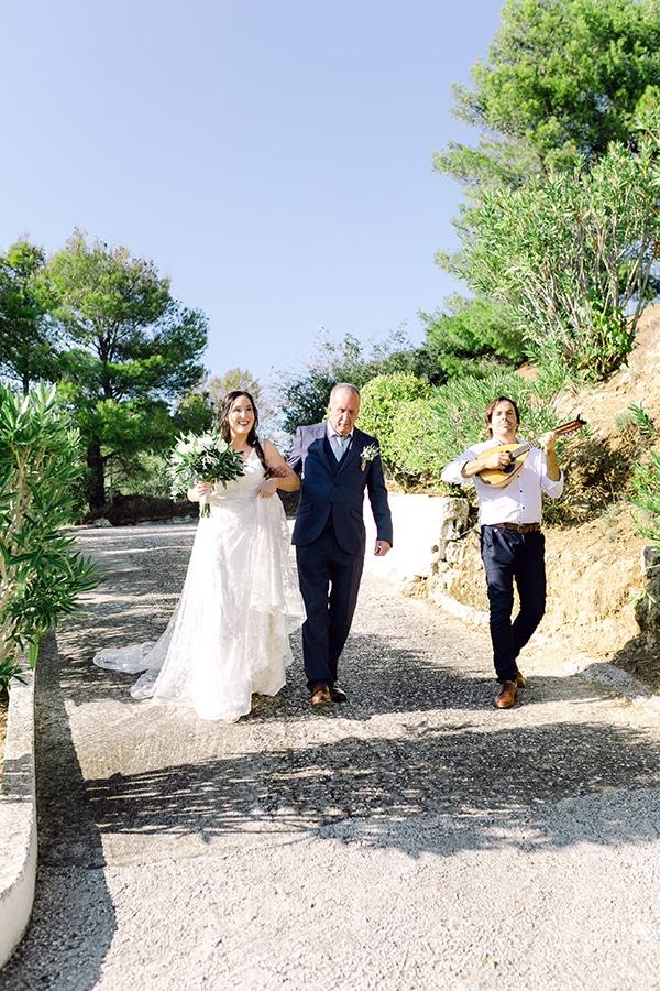 summer-wedding-kefalonia-white-roses-olives_11