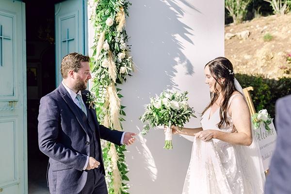summer-wedding-kefalonia-white-roses-olives_12