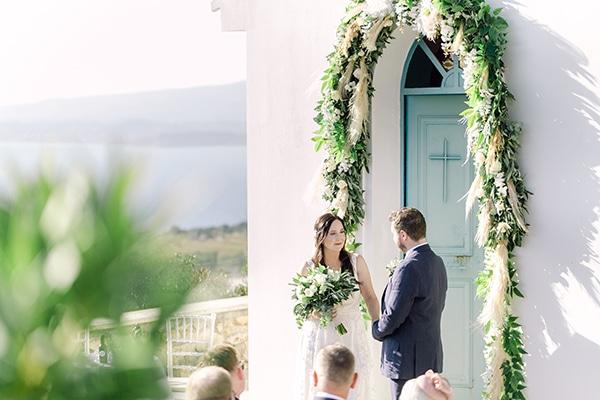 summer-wedding-kefalonia-white-roses-olives_14