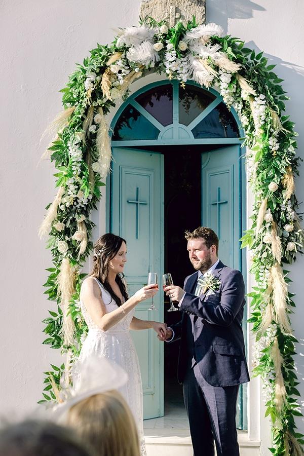 summer-wedding-kefalonia-white-roses-olives_16