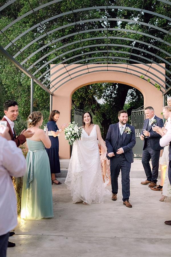 summer-wedding-kefalonia-white-roses-olives_24