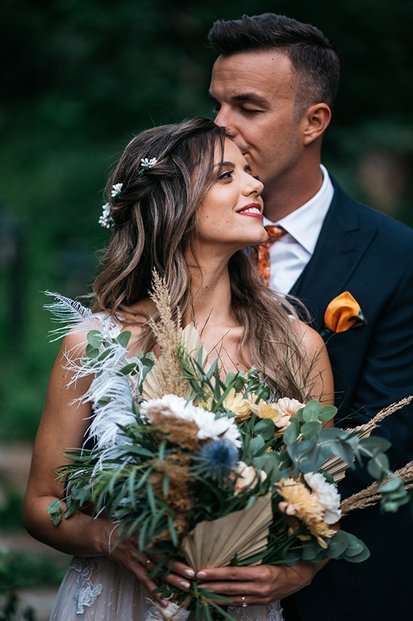 traditional-summer-wedding-ptolemaida-bohemian-touches_02