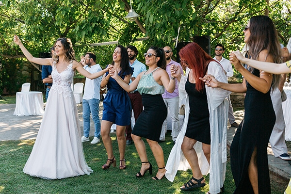 traditional-summer-wedding-ptolemaida-bohemian-touches_06