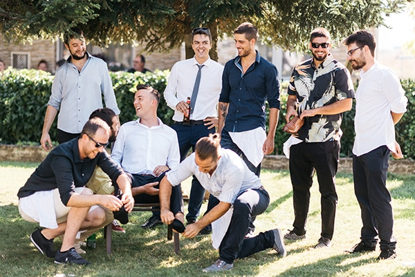 traditional-summer-wedding-ptolemaida-bohemian-touches_11