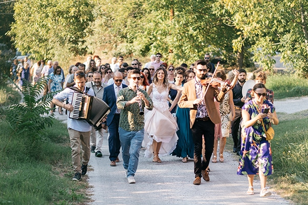 traditional-summer-wedding-ptolemaida-bohemian-touches_12x