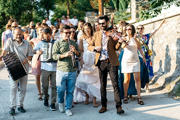 traditional-summer-wedding-ptolemaida-bohemian-touches_12z
