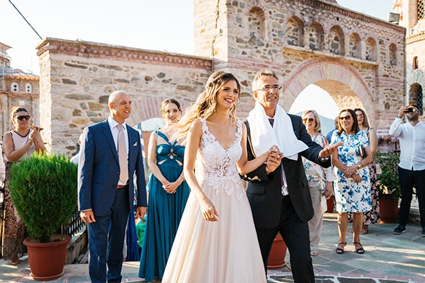 traditional-summer-wedding-ptolemaida-bohemian-touches_13