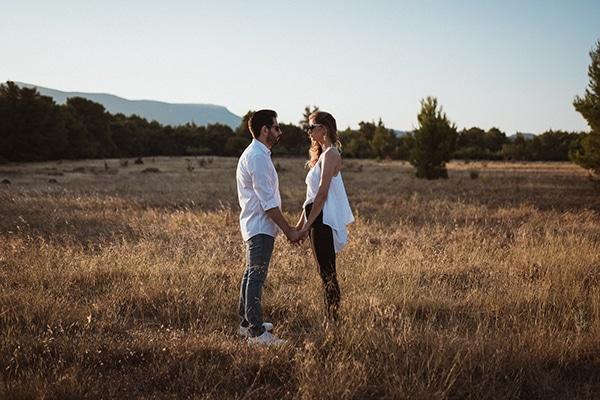 beautiful-prewedding-photoshoot-nature-full-of-romance-element_07