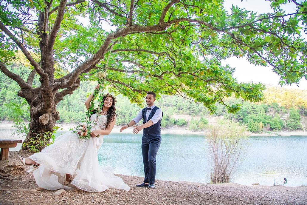 Υπέροχος ρομαντικός γάμος με παιώνιες στα χρώματα του λευκού και του ροζ │ Κυριακή & Τάσος
