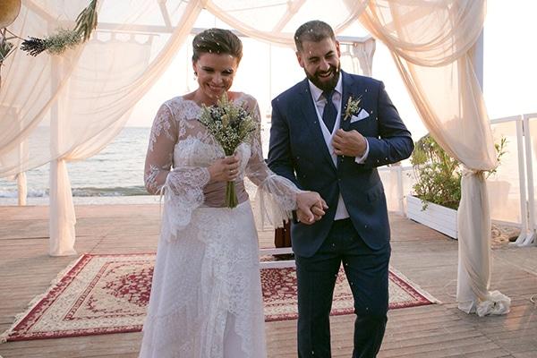Υπέροχος καλοκαιρινός γάμος στην παραλία│Κριστέλα και Fernando