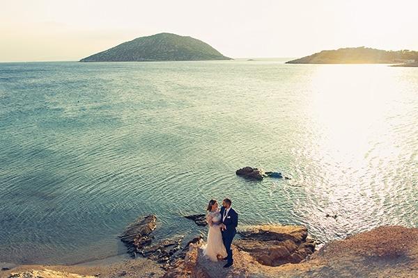 beautiful-wedding-summer-beach-baby-breath-full-of-romantic-elements_01