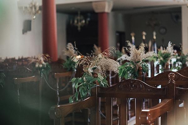 bohemian-chic-wedding-cyprus-pampas-grass-pink-roses_13