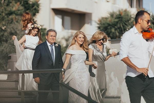 bohemian-chic-wedding-cyprus-pampas-grass-pink-roses_16