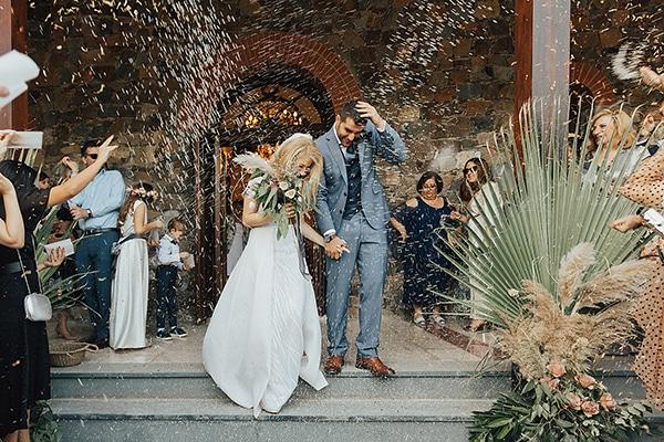 bohemian-chic-wedding-cyprus-pampas-grass-pink-roses_22