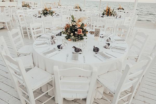 bohemian-chic-wedding-cyprus-pampas-grass-pink-roses_27