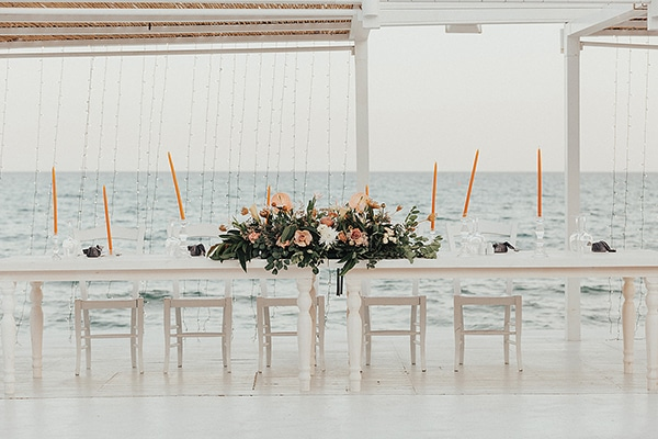 bohemian-chic-wedding-cyprus-pampas-grass-pink-roses_28