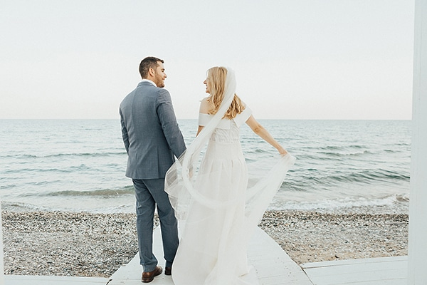 bohemian-chic-wedding-cyprus-pampas-grass-pink-roses_29