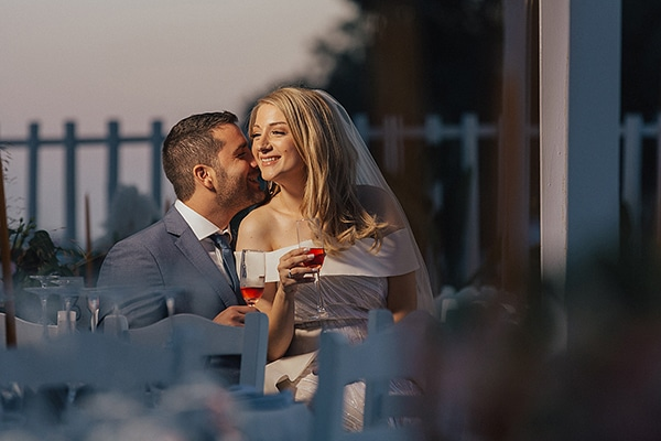 bohemian-chic-wedding-cyprus-pampas-grass-pink-roses_35