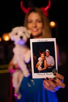 Επέλεξε μια διασκεδαστική εμπειρία φωτογράφισης που θα απογειώσει το γαμήλιο πάρτι σου