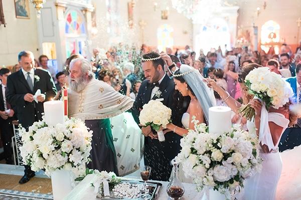 dreamy-wedding-kefalonia-lush-flowers-arrangements-romantic-elements_24