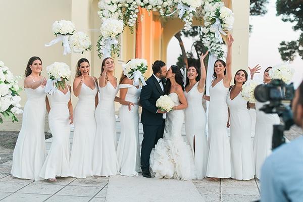 dreamy-wedding-kefalonia-lush-flowers-arrangements-romantic-elements_26