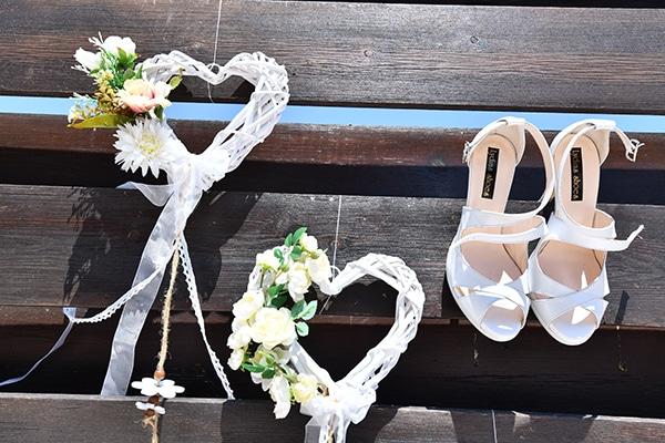 elegant-chic-summer-wedding-pavillion-hall-roses-hydrangeas-white-pink-hues-gold-details_03