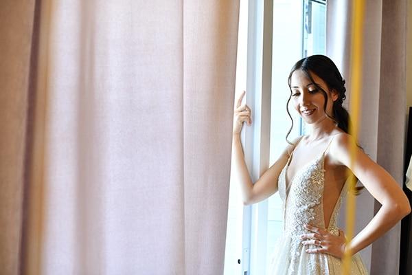 elegant-chic-summer-wedding-pavillion-hall-roses-hydrangeas-white-pink-hues-gold-details_07