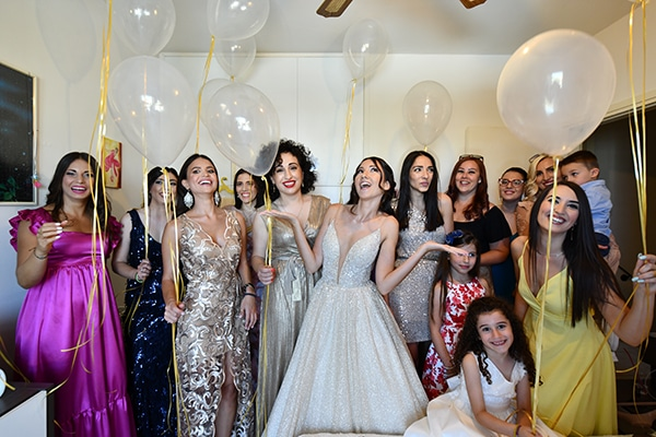 elegant-chic-summer-wedding-pavillion-hall-roses-hydrangeas-white-pink-hues-gold-details_08