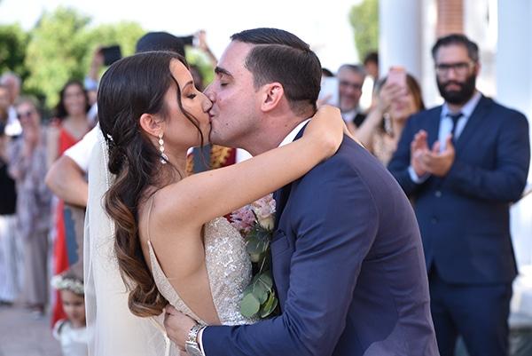 elegant-chic-summer-wedding-pavillion-hall-roses-hydrangeas-white-pink-hues-gold-details_15x
