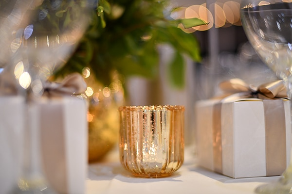 elegant-chic-summer-wedding-pavillion-hall-roses-hydrangeas-white-pink-hues-gold-details_22x