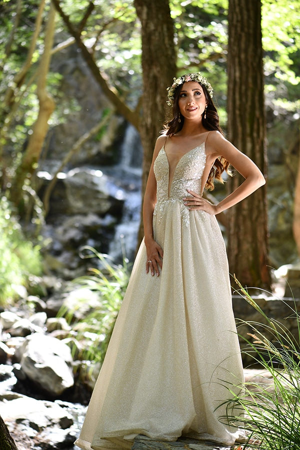 elegant-chic-summer-wedding-pavillion-hall-roses-hydrangeas-white-pink-hues-gold-details_27