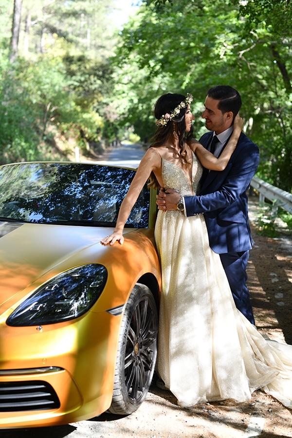 elegant-chic-summer-wedding-pavillion-hall-roses-hydrangeas-white-pink-hues-gold-details_28