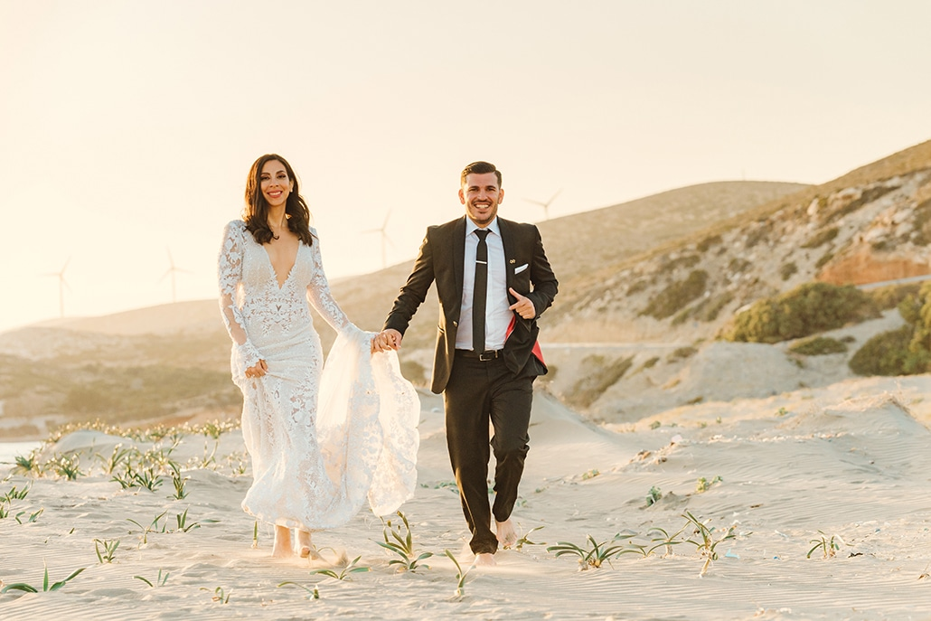 Elegant – chic γάμος στη Ρόδο με λευκά λουλούδια και χρυσές πινελιές │ Σταυρούλα & Ηλίας