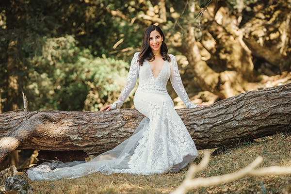 elegant-chic-wedding-rhodes-white-flowers-gold-touches_05
